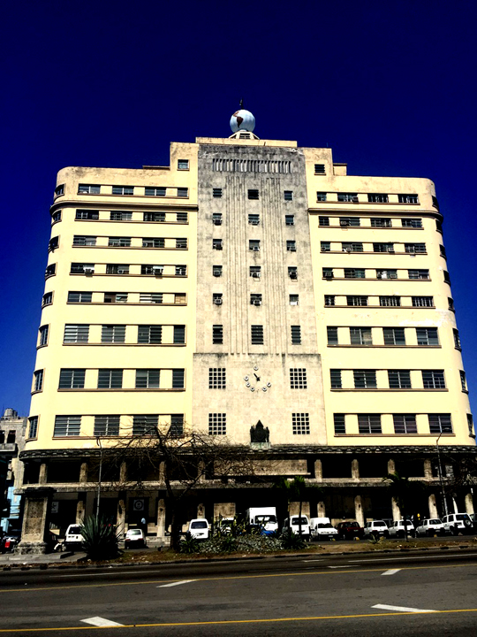 Havana Art Deco. Photo courtesy Liz Gibson